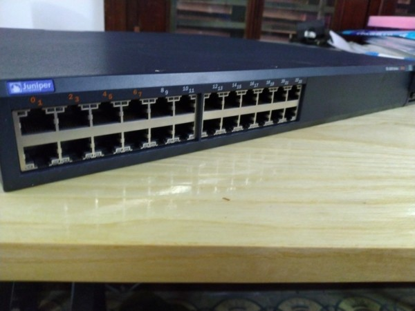 Switch Juniper EX4200-24T