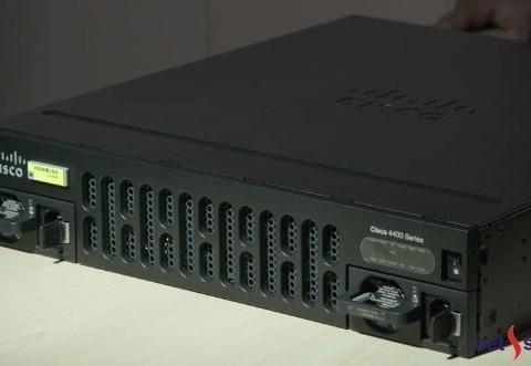 3 bộ định tuyến Cisco 4400 4300 và 4200 Series với mức hiệu năng cao