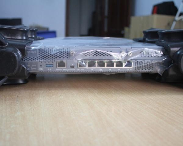SRX300