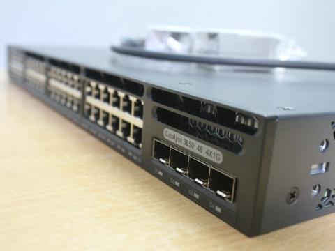 Sự khác nhau giữa các bộ định tuyến router và switch layer 3 là gì?
