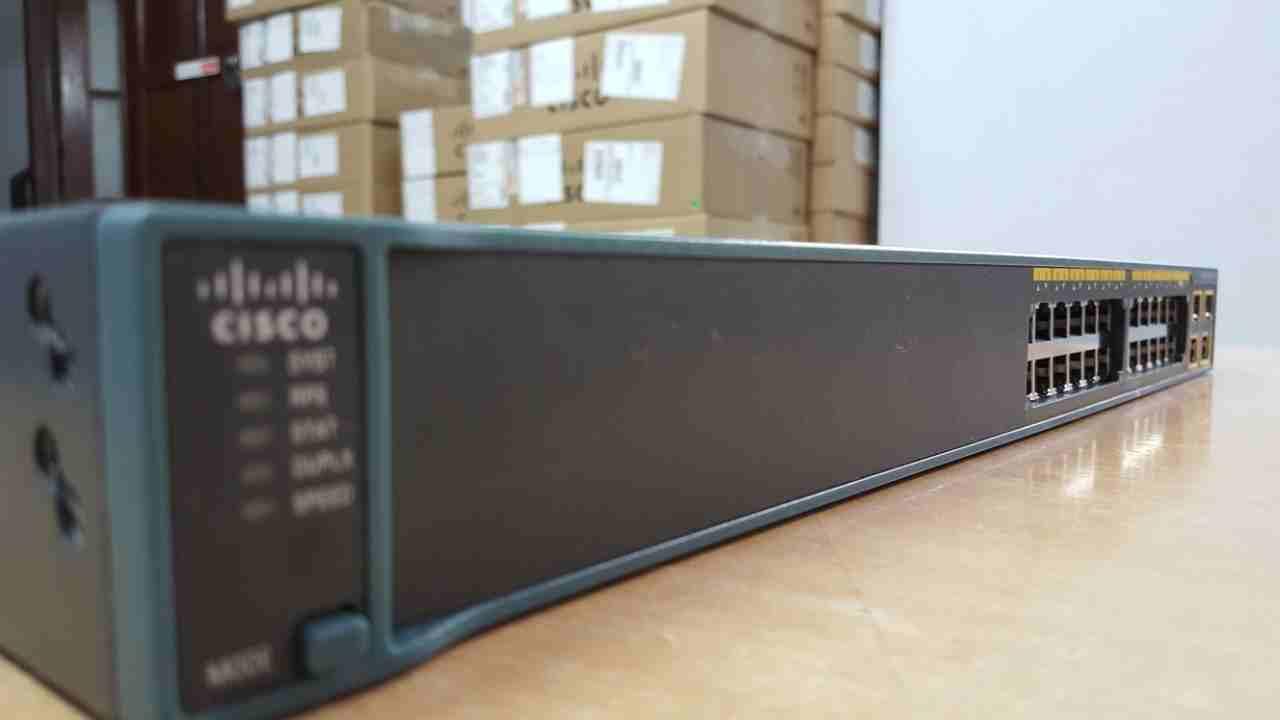 Phân phối Switch Cisco 2960 LAN Lite chính hãng