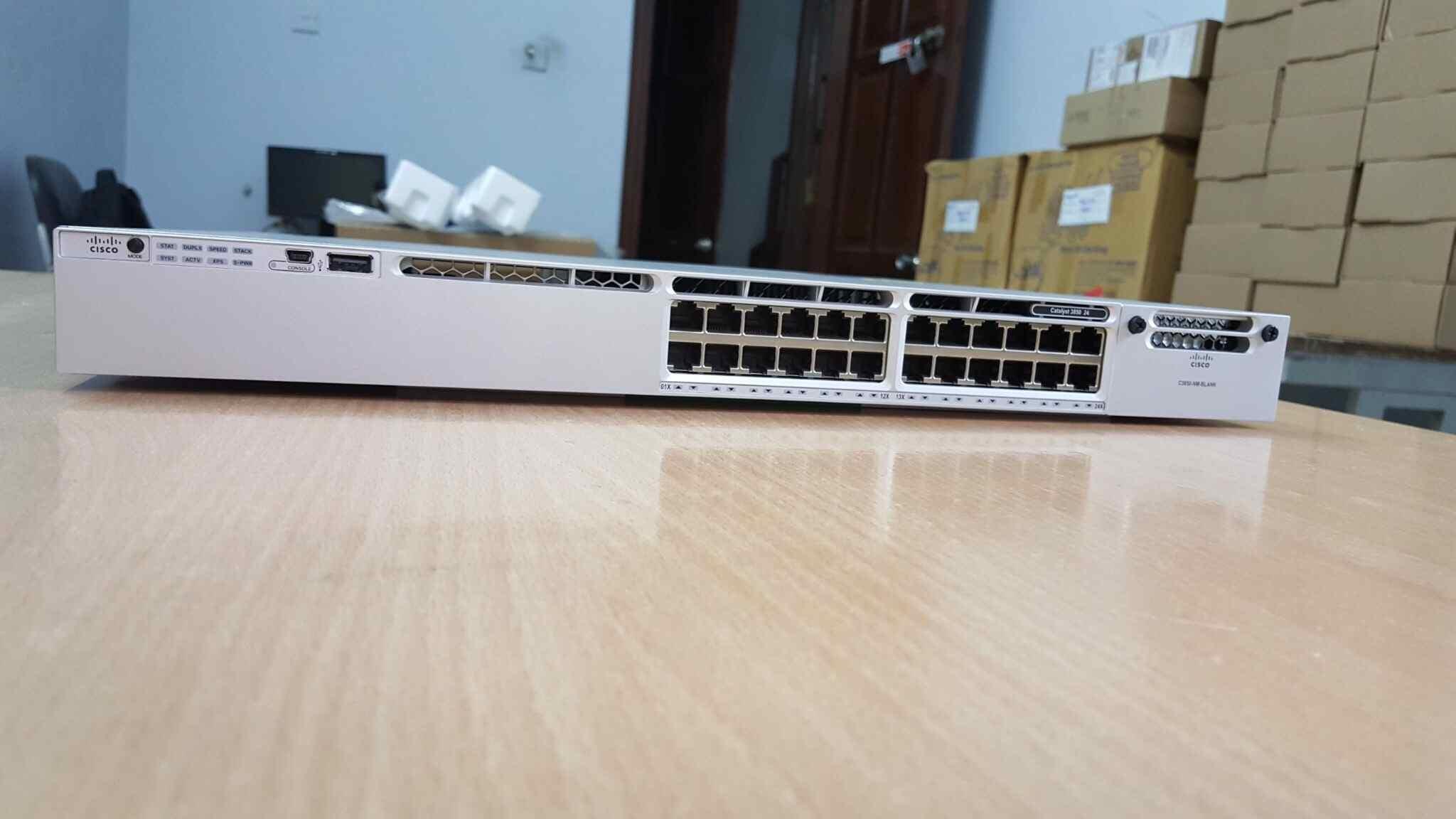 Phân phối switch cisco 24 port layer 3 chính hãng