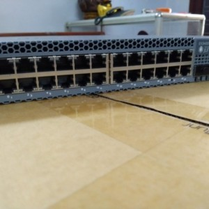 Switch Juniper EX3400-24T